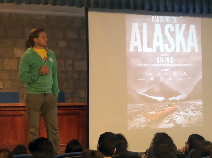 "Documental i xerrada ""Paddling to Alaska"""